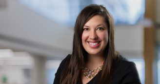 Reproductive Endocrinologist and OBGYN Resident Alumni, Stephanie Gunderson, MD, joins MCW Faculty